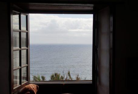 una finestra aperta sul mare