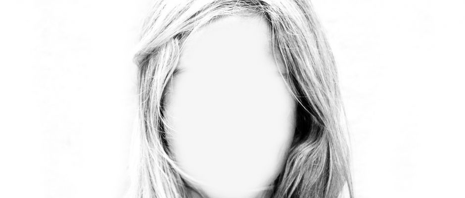 the picture of a faceless woman
